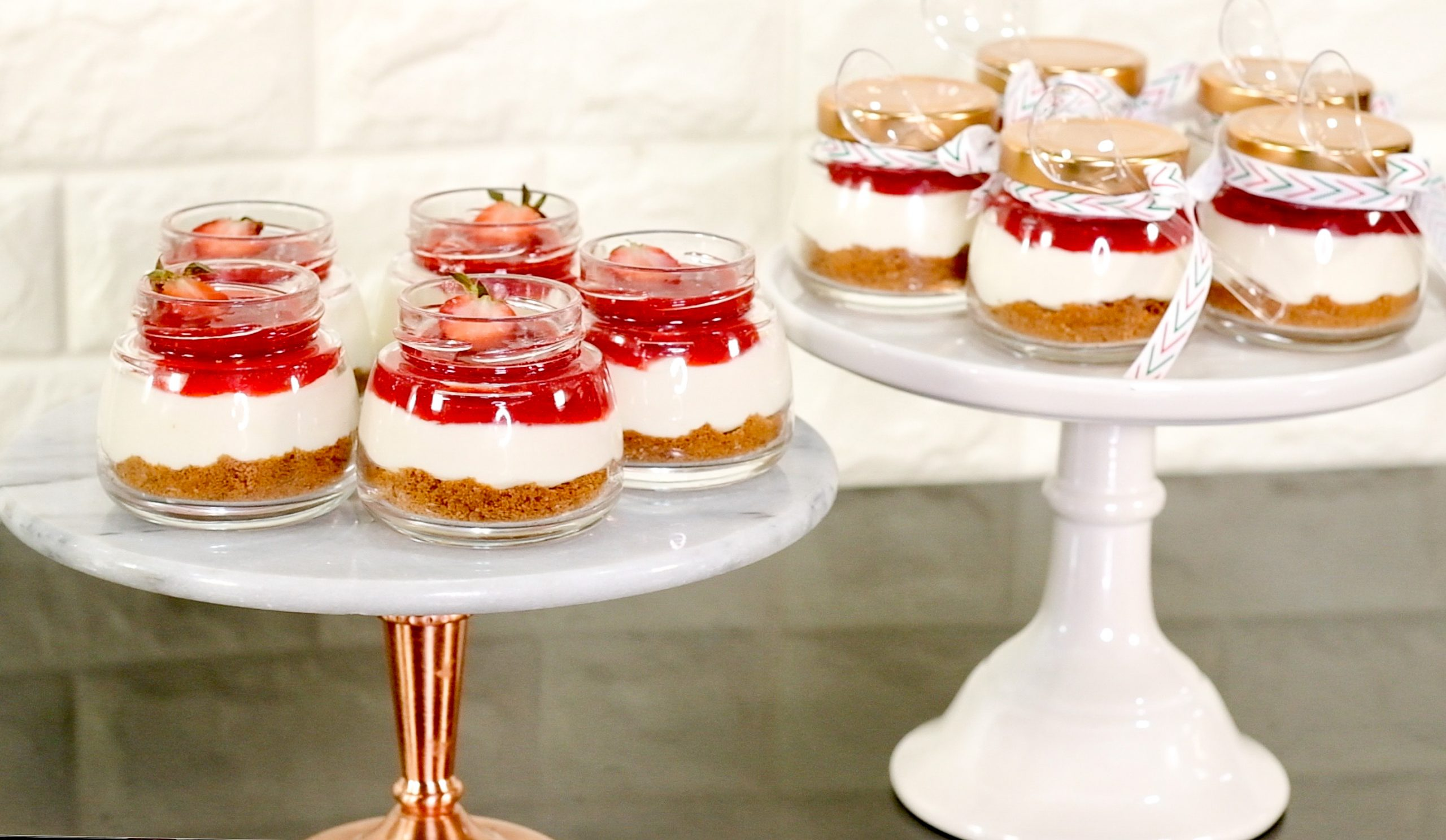 No-Bake Strawberry Cheesecake in Jars